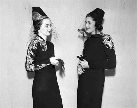 crepe cocktail gown 1937 photos 1930s fashion models