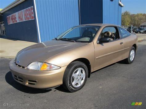 2000 Medium Sunset Gold Metallic Chevrolet Cavalier Coupe