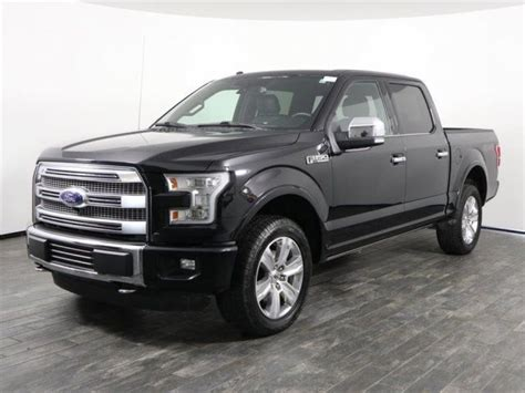 Off Lease Only 2016 Ford F 150 V8 SuperCrew Platinum 4X4