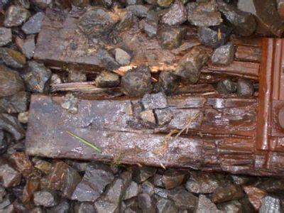 Sleepers Rotten by Kiwis Buy Quot Dodgy Quot Railway Sleepers