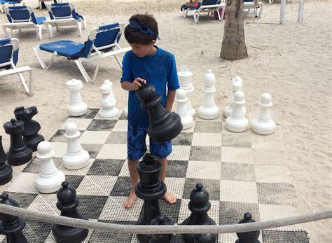 life size chess 100 life size chess world u0027s largest chess