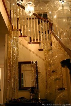Easy Last Minute Decor Balloon Ceiling by Last Minute New Year S Decor Ideas With And Without