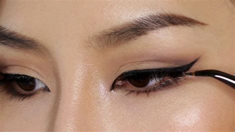 winged eyeliner tutorial asian perfect winged eyeliner tutorial tina yong