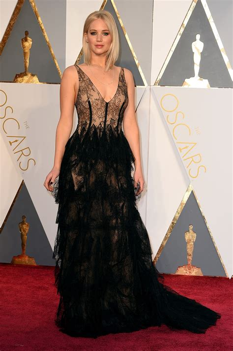 Dresses Ruled At The Oscars Get The Look For Less by Oscars Carpet Dresses 2016 Photos Best