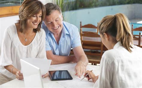 Guarantee Letter Untuk Ibu Mertua Aturan Percakapan Saat Kenalan Dengan Calon Mertua Okezone Lifestyle