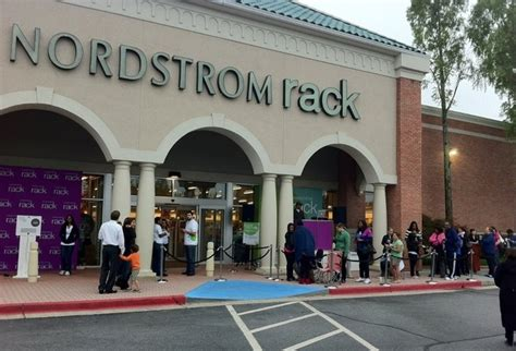 Nordstrom Rack Livingston Nj by There Will Soon Be Way More Nordstrom Racks Than Regular