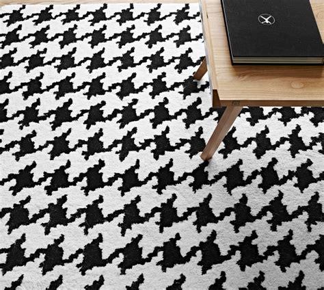 Pied De Coq by Pied De Coq Tapis Du Designer Ligne Roset Site Officiel
