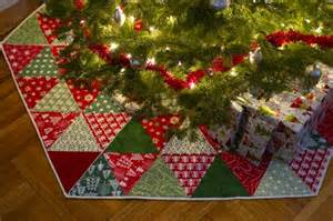 Free Quilted Christmas Tree Skirt Pattern - 20 free quilted christmas tree skirt patterns guide patterns