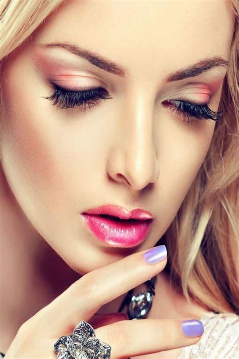 Quick And Great  Ee  Makeup Ee    Ee  Tips Ee   For College Girls