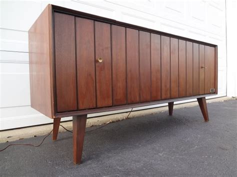 chicago mid century modern zenith stereo console credenza