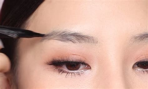 best eyebrow tattoo pen maybelline s new tattoo brow ink pen is meant to mimic