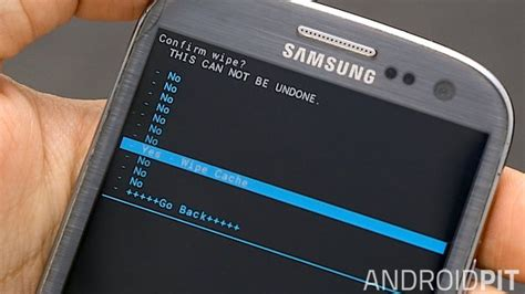 clear cache android samsung galaxy how to clear the cache on the galaxy s3 androidpit