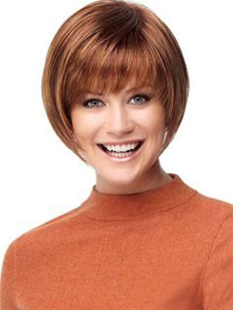 soft feminine hairstyle short bob style with short crop short bob hairstyles with bangs soft fringe cool