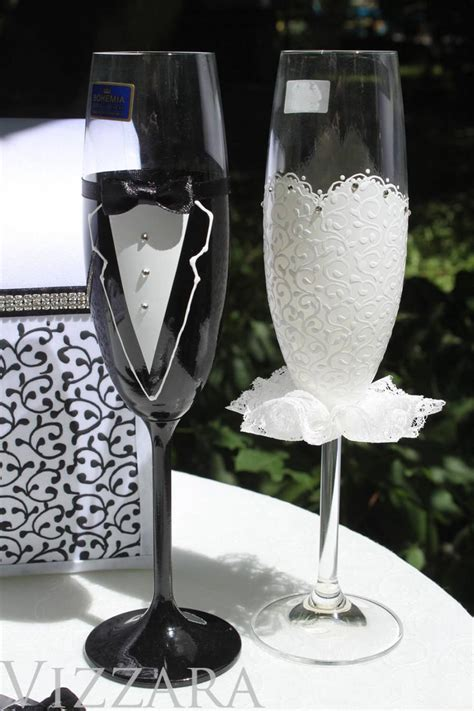 Wedding Gift Glasses by And Groom Toasting Glasses Chagne Glasses Wedding
