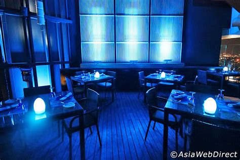 blue restaurant centara grand lad prao 的蓝天屋顶餐厅 曼谷期刊