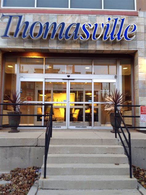 Furniture Stores Chicago Il by Thomasville Of Chicago 15 Reviews Furniture Stores
