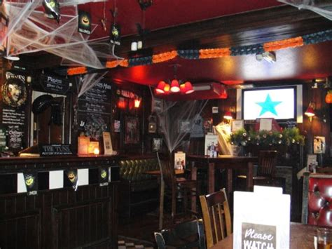 halloween nightclub themes 5 simple and affordable ways to attract more customers to