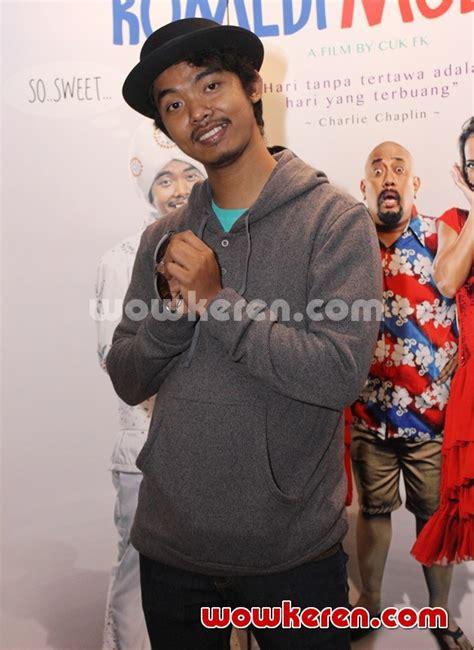 film komedi moderen foto dodit mulyanto di gala premier film komedi moderen
