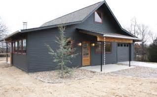 cottage building metal building homes exterior farmhouse with cottage