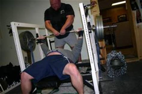 chains bench press weight training with bench press chains