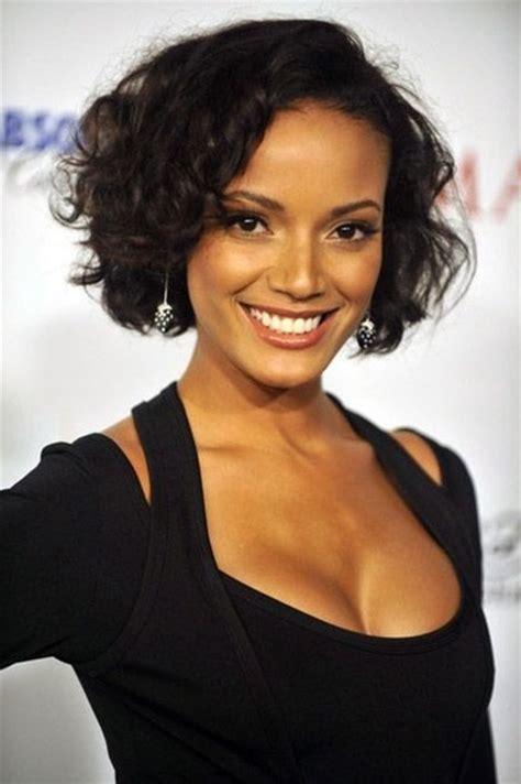 short flip hair style for black women flip out bob haircut for black women hairstyles weekly