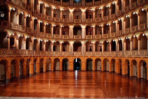 pavia teatro fraschini fraschini theatre