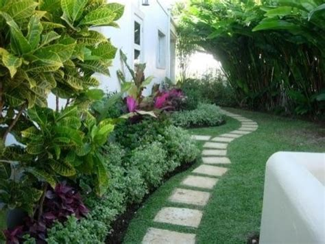 landscaping side of house side house landscaping ideas pdf