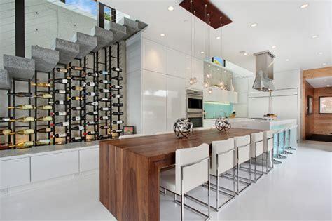 cave a vin dans cuisine 12 232 res d int 233 grer une cave 224 vin dans votre cuisine