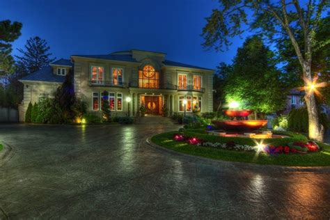Storage Island Kitchen A Spectacular Estate In Thornhill Ontario Canada