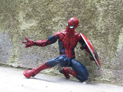 Marvel Hasbro Civil War Spider Spidey Ml Kw the new spider makes his legends debut