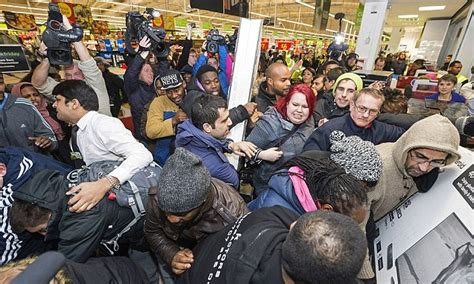 Panci Rosh Royal shoppers set to spend 163 3 5billion black