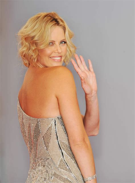 Charlize Theron Pretends To Model by Model Charlize Theron Wallpapers 6629