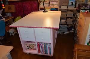 une table de couture sur mesure avec kallax bidouilles ikea