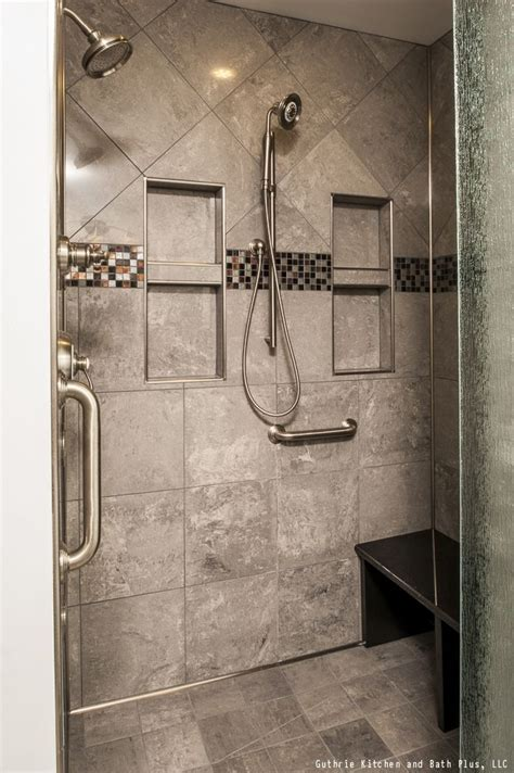 contemporary style shower   shower heads