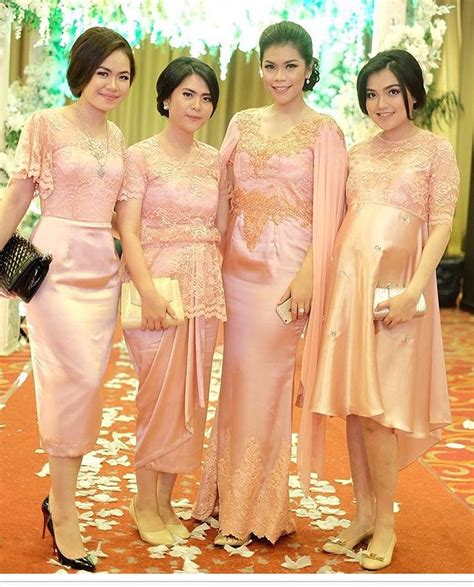 Baju Bridesmaid Jakarta elegan ini 19 seragam bridesmaids terbaik yang bisa ditiru