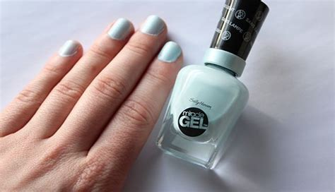 the best long lasting drugstore nail polish ive tried 64 best wavy hair 2b images on pinterest hairstyles