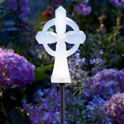 fleet farm solar lights 44 best solar lighting for outside images on pinterest