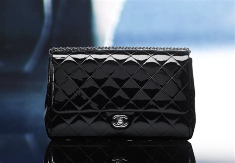 Clutch Chanel Woc Zip Caviar Hitam Ac33819 1 newest chanel handbags handbags 2018