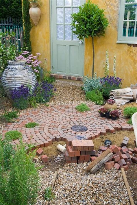 20 amazing brick pathways that will add charm to your garden