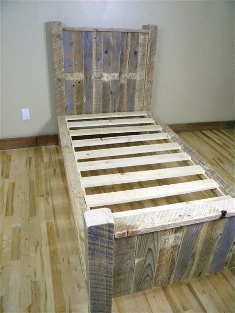 pallet bed frame plans diy pallet bed pallet furniture plans