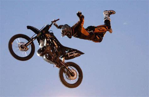 motocross freestyle tricks moto cross freestyle motocross kudus