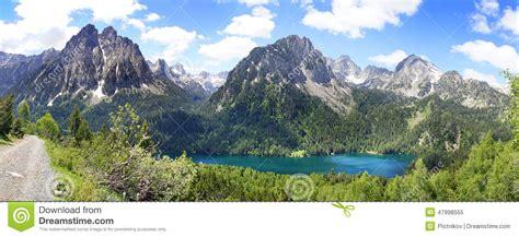 aig estortes estany de sant maurici national park pyrenees spain 1 25 000 trekking map alpina books aiguestortes and estany de sant maurici national park