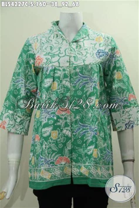 Baju Putih Batik blus batik motif bunga warna hijau kombinasi putih proses cap baju batik wanita muda model