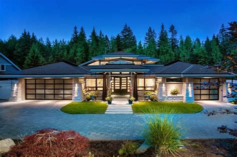 luxury contemporary homes luxury contemporary home by trevor euley canada amazing