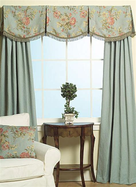bedroom valances for windows 17 best images about window treatment on shades valance ideas and arched windows