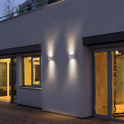 applique led design blanche pour l ext 233 rieur de la maison