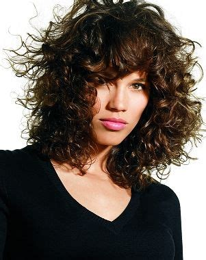 curly haircuts edmonton best 18 curly shags bobs images on pinterest hair and beauty