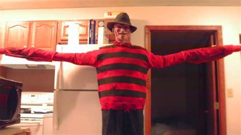 halloween costumes  killer  horror movies bad