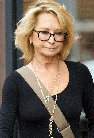 how does felecity kendal style her hair felicity kendal shows off youthful look during london day