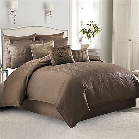 Bed Bath Beyond Down Comforter Manor Hill 174 Sienna Damask Comforter Set In Mocha Bed
